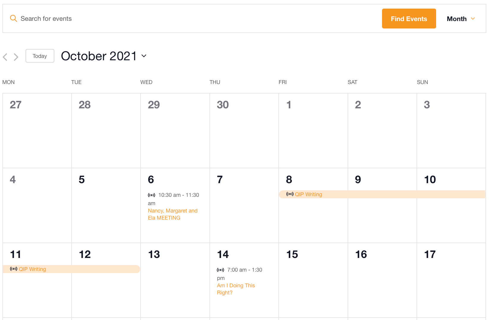 Month View calendar displaying multi-day online classes available with The Events Calendar.